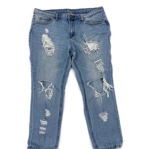 BDG Slim Boyfriend Distressed Low Rise Jeans 32W